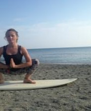 Surf et Yoga Ashtanga avec Asia au Natural Surf Lodge