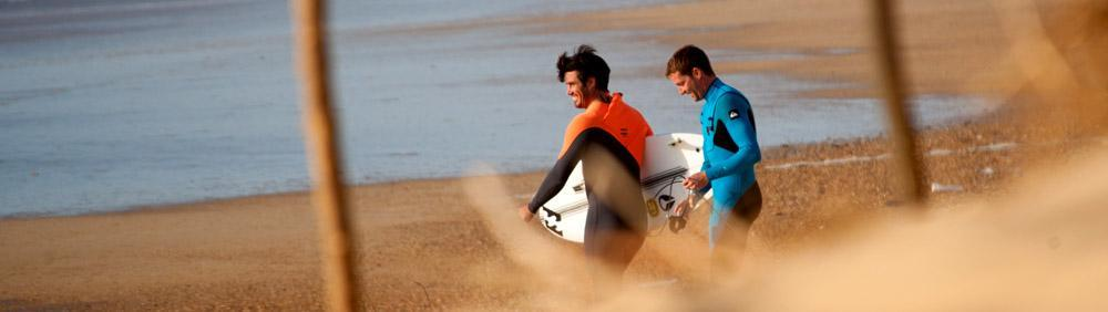 Share waves with friends in Hossegor